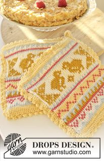 """DROPS Easter: Knitted DROPS pot holders with chicken pattern in """"Paris"""". ~ free knitting pattern by DROPS Design Knitting Charts, Knitting Patterns Free, Free Knitting, Free Pattern, Crochet Patterns, Knitted Washcloth Patterns, Knitted Washcloths, Knit Dishcloth, Drops Design"""