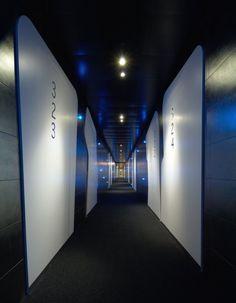Arezzo Park Hotel by Simone Micheli. Intresting corridor