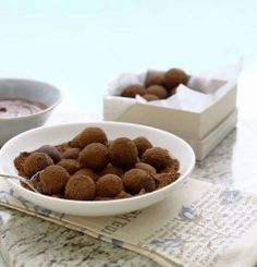 Nestlé is the world's leading Nutrition, Health and Wellness company. Chocolate Truffles, Food Dishes, Dog Food Recipes, Health And Wellness, Nutrition, Cooking, Breakfast, Sweet, Cuisine