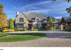 916 Brushtown Rd, Ambler, PA 19002 | 10,271 sf | 5 bed | 6 full 1 half bath | built 2002 | 3.3 acres | $4,750,000.
