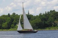 VERY RARE... Bluenose Class Classic Chester Nova Scotia Sloop http://www.kijiji.ca/v-view-image.html?adId=435595256&image=0&enableSearchNavigationFlag=true