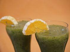 Egészséges zöld turmix Milkshake, Healthy Drinks, Guacamole, Smoothies, Paleo, Lime, Fruit, Cooking, Ethnic Recipes