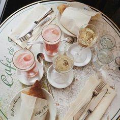 lunch at cafe de flore in paris. bucket list!