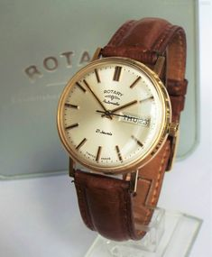 Vintage Watches Collection : Antiques Atlas - Gents Gold Rotary Wristwatch, Super Condition - Watches Topia - Watches: Best Lists, Trends & the Latest Styles Rotary Watches, Watches For Men, Wrist Watches, Men's Watches, Carat Gold, Vintage Watches, Omega Watch, Latest Fashion, Conditioner