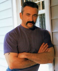 Aaron Tippin, have seen him in concert alot, love him, have pics with him and met his family