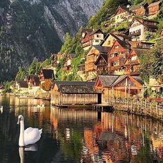 Hallstatt, Austria Photo by @darwinphotography #naturegeography