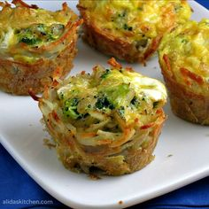 Broccoli Cheddar  Egg Hashbrowns Cups - these will be good to make when the family comes to visit!