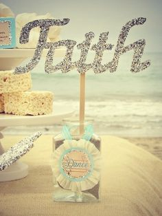 Love this party decor at the beach #party #beach