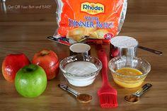 Apple Fritters using Rhodes dinner rolls Rhodes Dinner Rolls, Rhodes Rolls, Apple Fritter Bread, Apple Fritters, Frozen Dinner Rolls, Frozen Bread Dough, Bread Dough Recipe, Cupcake Cakes, Cupcakes