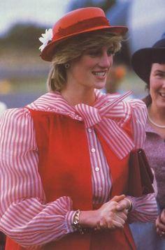Diana on 30 March 1983 in Australia Princess Diana Fashion, Princess Diana Family, Princes Diana, Royal Princess, Prince And Princess, Princess Of Wales, Young Prince, Diane, Lady Diana Spencer
