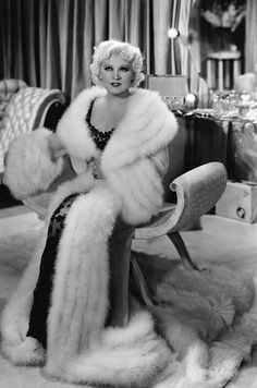 The magnificent Mae West. #vintage #glamour entre pieles