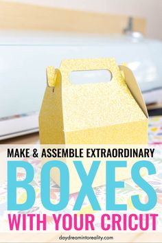Learn how to make the most beautiful boxes with your Cricut Maker or Explore. You WON'T find these templates anywhere else! Make boxes with your Cricut – Step by Step tutorial. Box Templates Printable Free, Paper Box Template, Cricut Craft Room, Cricut Vinyl, Cricut Air, Cajas Silhouette Cameo, Make Business Cards, Business Ideas, Cricut Tutorials