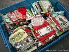 Homemade Christmas Advent Calendar. Free Envelope and tag templates. Kids will love this! |www.huntergirlsdiylife.com