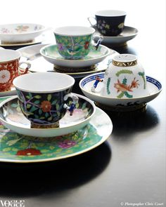 Hungarian label Herend has been a favourite of royals and European aristocrats for centuries. Light and perfectly balanced, it only has to be touched to form a connection with it. Even though the handles are ornamental, they fit the hand perfectly Coffee Cups And Saucers, Tea Cup Saucer, Herend China, Turkish Coffee Cups, Vogue Living, China Tea Cups, Tea Service, China Patterns, Porcelain Ceramics