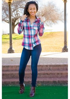 Plaid shirt on dark wash skinny jeans, and matched with wine colored booties. #archandbow #style #chiclook #plaid #darkwash #jeans
