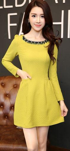 Square pattern long sleeve dress with diamond neckline YRB0651