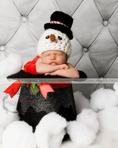 Newborn Photography PropFrosty the Snowman Hat :-)  Photo by @ Imagine That Photography by Megan Rion