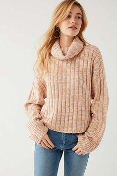 Slide View: 4: BDG Chunky Turtleneck Sweater