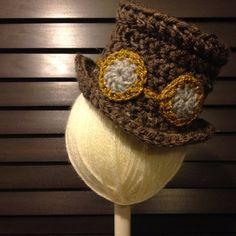 Crochet Steampunk Top Hat with goggles - Newborn 0-3 month baby - Photo Prop, Shower Gift, Cosplay, Vintage, Victorian, Dapper Gents
