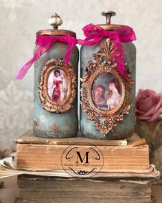 Decoupage Jars, Altered Bottles, 2 Instagram, Victorian, Nct, Christmas Ornaments, Holiday Decor, Beautiful, Vintage