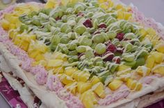 Elämää villa honkasalossa Pasta Salad, Cobb Salad, Ethnic Recipes, Food, Crab Pasta Salad, Essen, Meals, Yemek, Eten