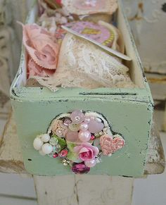 Just a little imagination elevates this shabby drawer to a WOW! Pretty Chic Front!