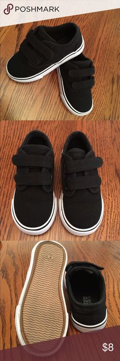 ✨🆕Listing✨Toddler Casual Shoes Toddler casual shoes in great condition. Have been preloved and cleaned before posting. Only worn a few times before my son outgrew them. 🚫Trades 🚫Holds Canyon River Blues Shoes Sneakers