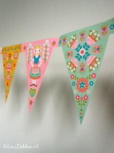 Bunting for Flow magazine by Silvia Dekker. I have these!