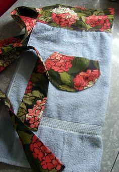 Turn an old bath towel into an adorable DIY apron.