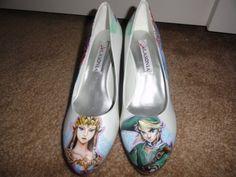 I WANT THOSE SHOES! Legend of Zelda!