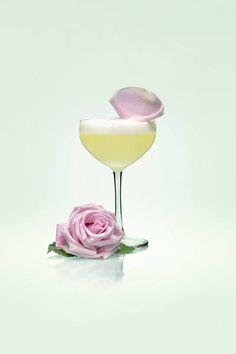 Ellegance cocktail. Click for recipe! #vodka