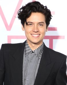 Cole Sprouse Reveals Why He's 'More Zen' Now About Being Famous The Riverdale star opens up about making peace with his celebrity Cole Sprouse Abs, Cole Sprouse Haircut, Cole Sprouse Snapchat, Cole Sprouse Shirtless, Cole Sprouse Funny, Dylan Sprouse, Cole Sprouse Lockscreen, Cole Sprouse Wallpaper, Phil Lester