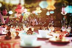 Teacups! One of 2 things I think are better at Disneyland than Disney World. MouseTalesTravel.com  #MTT #disneyland #teacups