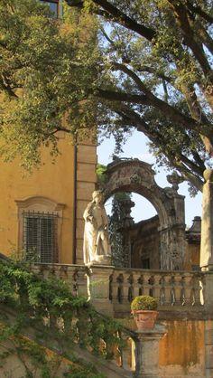 Florence: Villa la Pietra #TuscanyAgriturismoGiratola