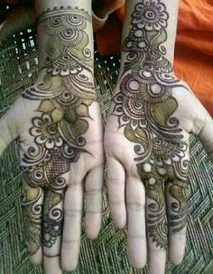Beautiful Mehndi Designs For Mehndi Function Mehndi henna designs are always searchable by Pakistani women and girls. Women, girls and also kids apply henna on their hands, feet and also on neck to look more gorgeous and traditional. Henna Hand Designs, Dulhan Mehndi Designs, Mehendi, Rajasthani Mehndi Designs, Mehndi Designs Finger, Arabian Mehndi Design, Peacock Mehndi Designs, Mehndi Designs Book, Mehndi Designs For Girls