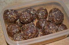 Fruity Vegan Temptation: Energieballs²