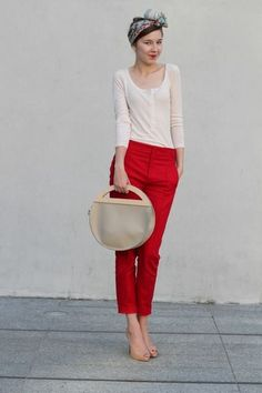 Red cigarette pants Shannoneileenblog.typepad.com Definitely love all the colors. Red cigarette pants are the perfect accent for fall.