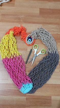 Örgü Pazar Filesi Yapımı - Tacky Tutorial and Ideas Loom Knitting, Knitting Patterns, Crochet Patterns, Net Making, Weaving Wall Hanging, Crochet Market Bag, Hippie Bags, Filets, Handmade Bags