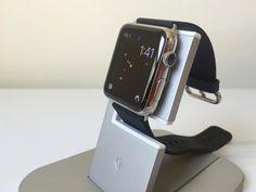 Review: Twelve South HiRise for Apple Watch, a sturdy charging stand to showcase your timepiece