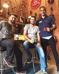 #CafeDas18 com nossos amigos Marcelo e Alex!!! #ClubeGaragem
