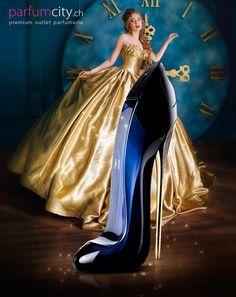 Carolina Herrera, Clint Eastwood, Good Girl Perfume, Perfume Adverts, Perfume Collection, Cool Girl, Ball Gowns, Perfume Bottles, Hair Cuts
