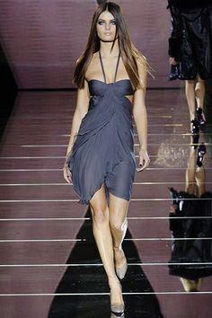 Versace Fall 2006 Ready-to-Wear Fashion Show - Isabeli Fontana