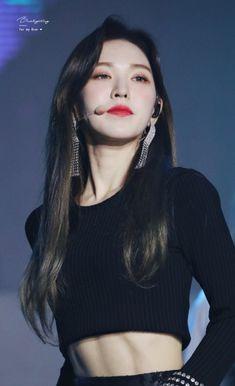 K-Pop Babe Pics – Photos of every single female singer in Korean Pop Music (K-Pop) Kpop Girl Groups, Kpop Girls, Korean Girl, Asian Girl, Peek A Boo, Wendy Red Velvet, Red Velvet Seulgi, My Girl, Skinny
