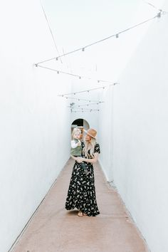 Must-Have Spring Floral Dresses   What to wear for easter   Easter dresses   spring dresses   floral dress   spring maxi dress   maxi dress   spring trends   floral prints   easter outfit ideas   easter outfit inspiration