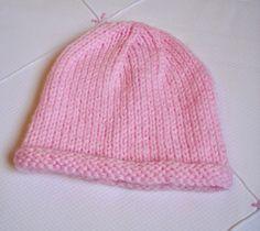 Minhas linhas e eu   Receita de gorrinho em tricot para bebê - simples e fofo!