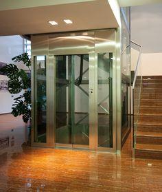 Ascensore vetro condominio privato