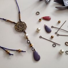Always busy at Costume Jewelry, Jewelry Accessories, Detail, Instagram, Handmade, Fashion, Bead, Moda, Jewelry Findings