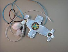 χειροποίητη μπομπονιέρα για βάπτιση αγοριού από φύλλο αλουμινίου