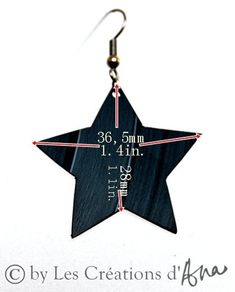 vinyl record star earrings black earrings eco friendly jewelry music geek jewelry recycled jewelry funky earrings gift for her cool jewelry Funky Earrings, Black Earrings, Star Earrings, Recycled Jewelry, Geek Jewelry, Vinyl Records, Eco Friendly, Recycling, Gifts For Her