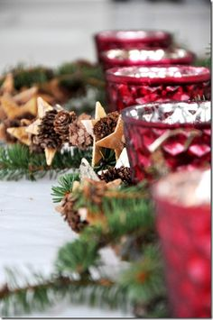 DIY Idea: pine cone and star garland